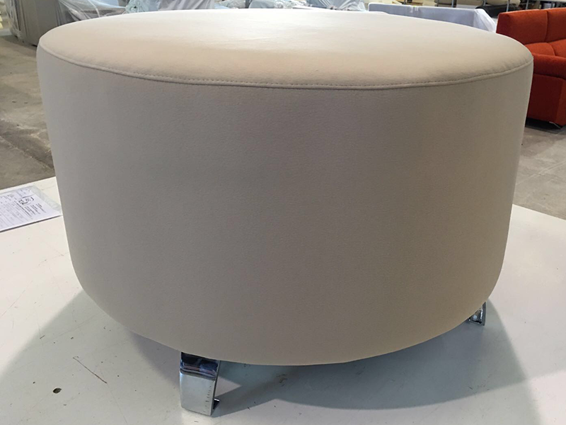 Miniatura del Puff para sofás | Sofá realizado a medida en nuestra Fábrica de Sofás Valencia