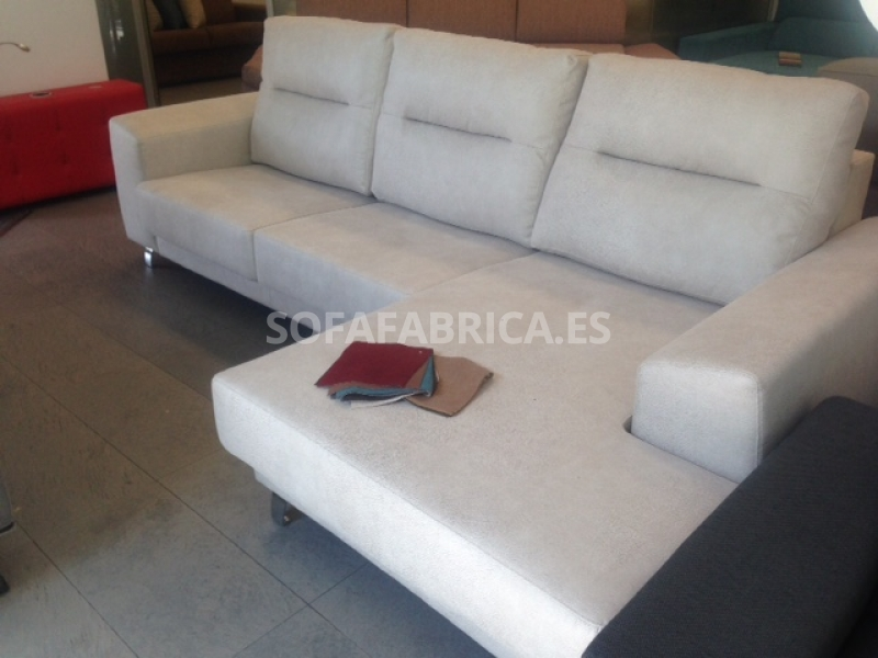 Sof barcelona con chaiselongue sof s valencia for Sofas comodos barcelona