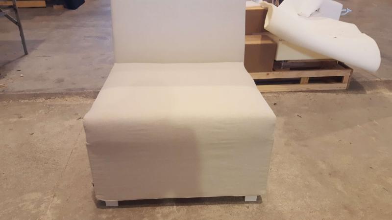 Miniatura 2 del Sofá Entidades Modelo Exterior | Sofá realizado a medida en nuestra Fábrica de Sofás Valencia